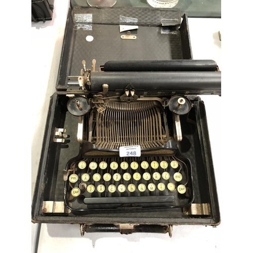 248 - A VINTAGE CASED 'CORONA' SPECIAL TYPEWRITER...