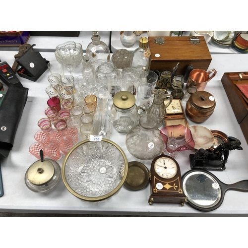 255 - A MIXED GROUP OF VARIOUS ITEMS TO INCLUDE GLASS DRINKING GLASSES, OAK BOX, 'OLYMPIC' ALARM BEDSIDE C...