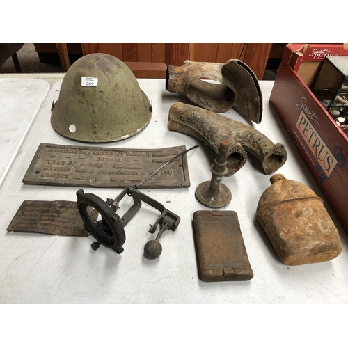 289 - A LARGE GROUP OF VINTAGE WORLD WAR II ITEMS TO INCLUDE AN 'ARTIFICIAL HORIZON', MILITARY PLANE SIGHT...