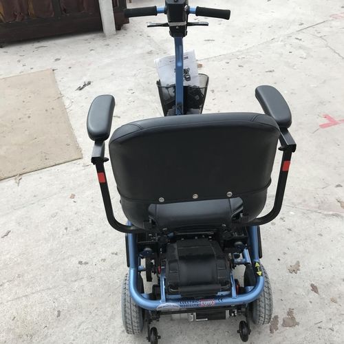 38 - A RASCAL LITEWAY 3 PLUS MOBILITY SCOOTER WITH CHARGER W/O...