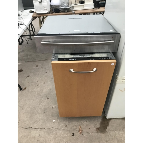 137 - TWO NEFF ITEMS - A SLIDE OUT CERAMIC HOTPLATE AND A SLIMLINE INTEGRATED DISHWASHER...