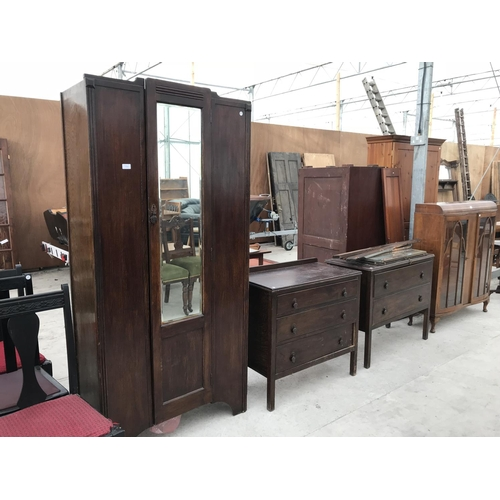 730 - AN OAK THREE PIECE BEDROOM SUITE - A WARDROBE, A CHEST OF THREE DRAWERS AND A DRESSING TABLE...
