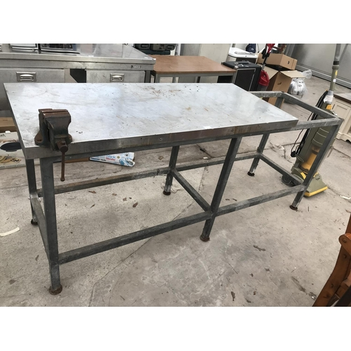 140 - A STAINLESS STEEL BENCH WITH A PARAMO BENCH VICE...