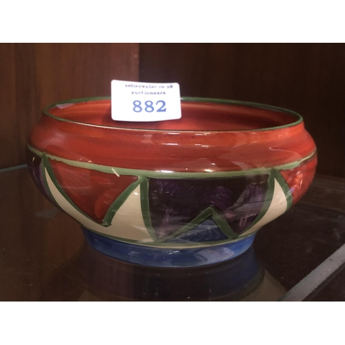 882 - A HAND PAINTED ART DECO BIZARRE BY NEWPORT POTTERY 'GEOMETRIC' DESIGN BOWL...