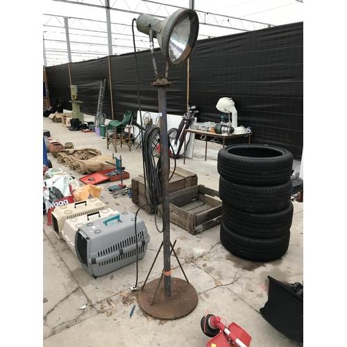 40 - A VINTAGE 200CM TALL INSPECTION LIGHT (W/O)...