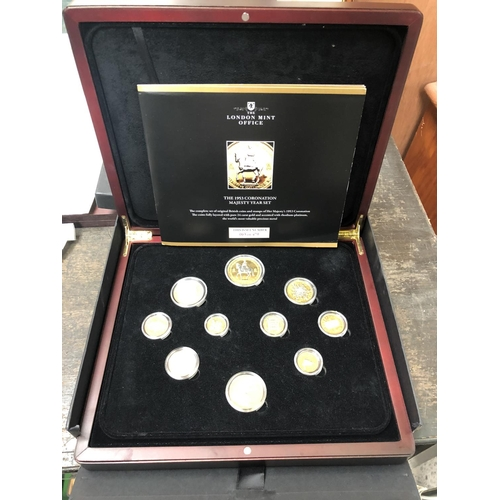 419 - THE LONDON MINT OFFICE, 'THE 1953 CORONATION MAJESTY YEAR SET' NUMBERED 63/479, 24CT GOLD LAYERED, B...