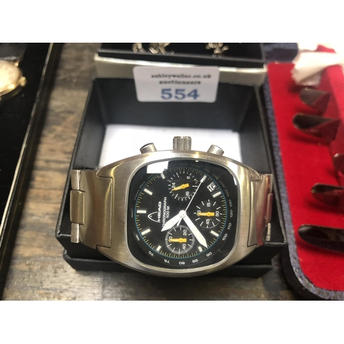 554 - A GENTS BOXED 'HEAD' CHRONOGRAPH WATCH, WORKING...