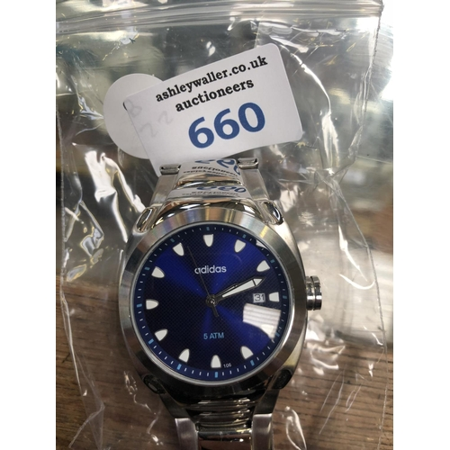 660 - A GENTS 'ADIDAS' WATCH WITH BLUE DIAL...