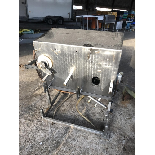 59 - STAINLESS STEEL MACHINERY EX GIZZARD HARVESTER...