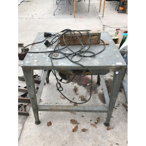 31 - A METAL SAW BENCH COMPLETE WITH SAW...
