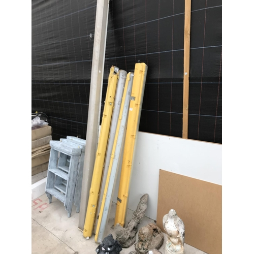 5 - FIVE YELLOW STRIP LIGHTS 156CM AND A FURTHER STRIP LIGHT 240CM WITH COVERS...