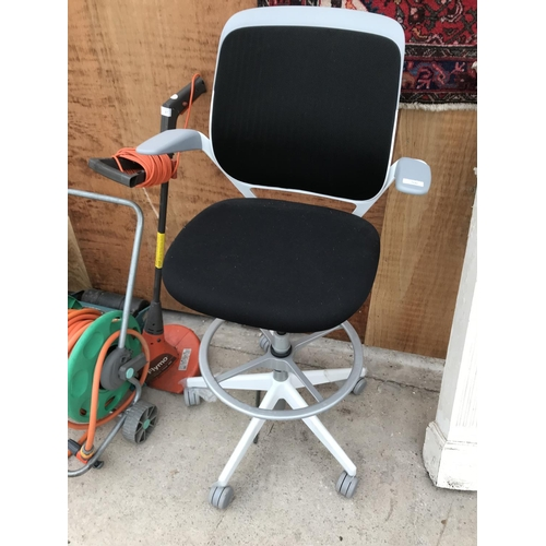 56 - A STEEL CASE COBI HIGH OFFICE CHAIR - AS NEW...