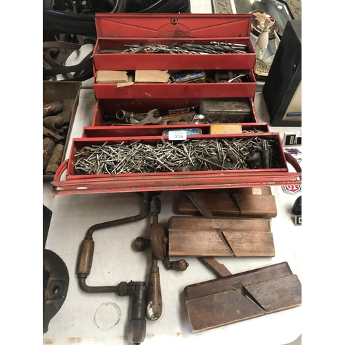 316 - A METAL FOLDING TOOL CHEST WITH VARIOUS VINTAGE TOOLS ETC (QTY)...