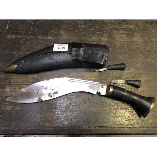 639 - AN UNUSUAL 'KUKRI' KNIFE WITH LEATHER SCABBARD AND TWO SMALLER KNIVES...