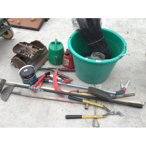 54 - VARIOUS TOOLS AND GARDEN TOOLS TO INCLUDE HOE, SHEARS, LOPPERS, SPANNERS, METAL TOOL BOX, PTROL CAN,...