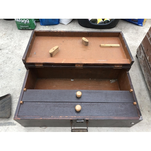 53 - A VINTAGE WOODEN TOOL CHEST WITH TWO INNER DRAWERS...
