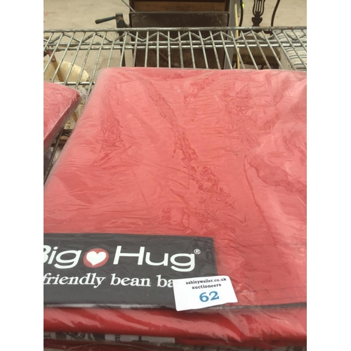 62 - A BIG HUG 'LONDON' BEAN BAG IN RED , 140CM X 18OCM, HEAVY DUTY POLYESTER, STAIN AND WATER RESISTANT ...