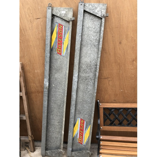 33 - A PAIR OF BATESON TRAILER SIDES...