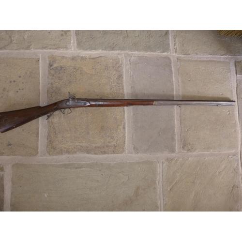 329 - A MID 19TH CENTURY PERCUSSION CAP SHOTGUN, 99cm BARREL...