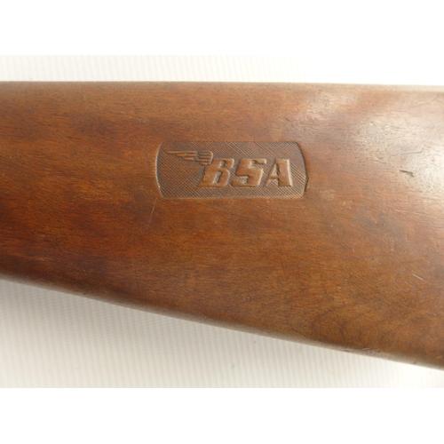 333 - A B.S.A. .177 CALIBRE 'CLUB' AIR RIFLE 47cm BARREL...