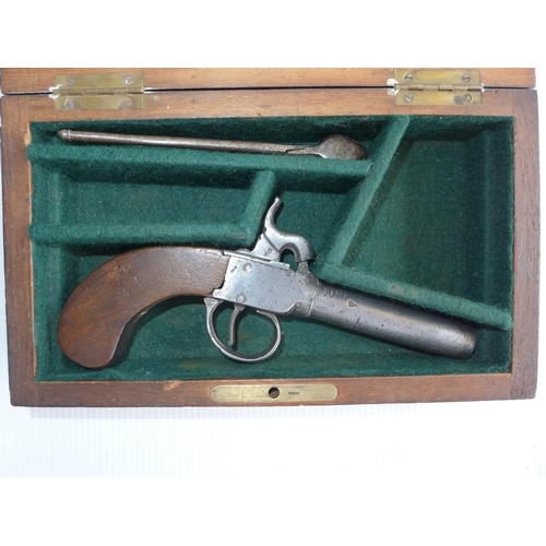 346 - A CASED PERCUSSION CAP POCKET PISTOL 7.5cm BARREL, CASE WITH BULLET MOULD...