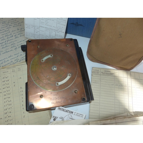 387 - A COLLECTION OF WORLD WAR II PERIOD FLYING LOGS AND MANUALS, TO INCLUDE ROYAL CANADIAN SIGHT LOG BOO...