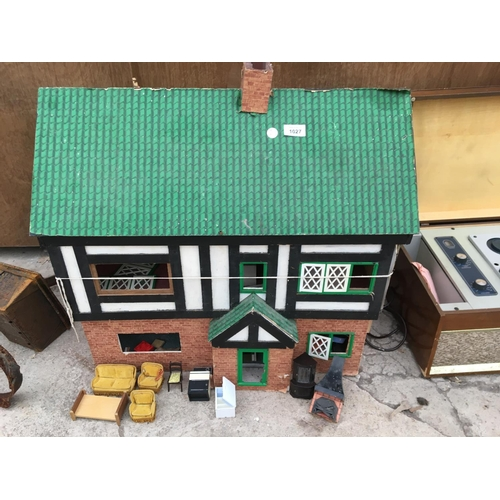 1027 - A VINTAGE DOLLS HOUSE WITH FURNITURE...