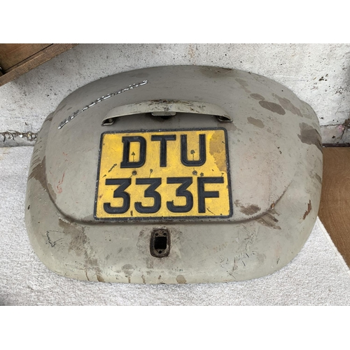 1047 - A VW BEETLE AUTOMATIC CAR BOOT PANEL (DTY 333F CREAM)...