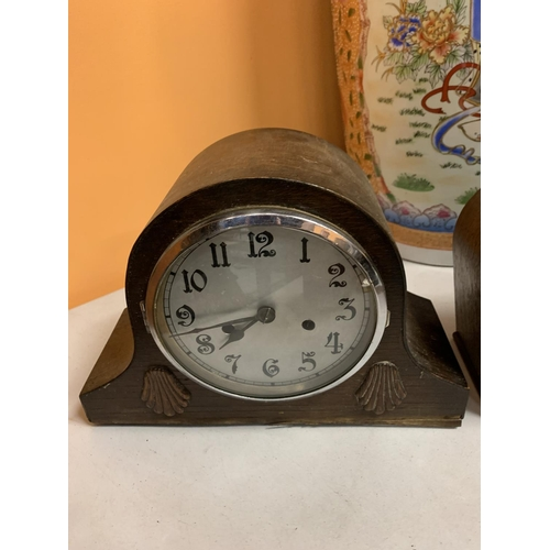 58 - ONE NAPOLEON HAT WOODEN MANTLE CLOCK AND A WOODEN SMITHS MANTEL CLOCK...
