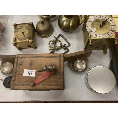 168 - VARIOUS ITEMS OF METALWARE TO INCLUDE BRASS, EPNS AND A SMITHS MANTEL CLOCK WITH KEY...