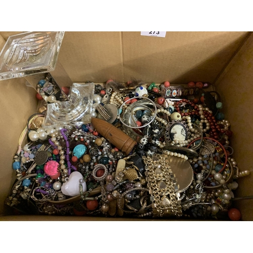 273 - A LARGE SELECTION OF COSTUME JEWELLERY...