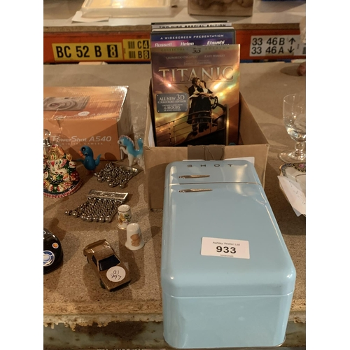 933 - AN ASSORTMENT OF ITEMS TO INCLUDE DVDS, GLASSWARE, PERFUME BOTTLES ETC...