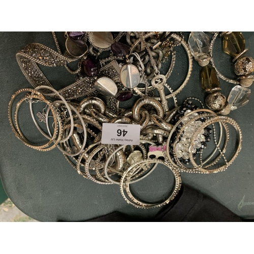 46 - A SELECTION OF WHITE METAL JEWELLERY TO INCLUDE SEVERAL BANGLES...