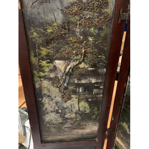 14 - AN ANTIQUE HAND PAINTED CHINESE MODESTY SCREEN
