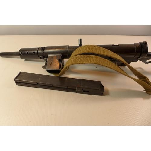 316 - A REPLICA DENIX NON FIRING MARK II STEN GUN LENGTH 77CM