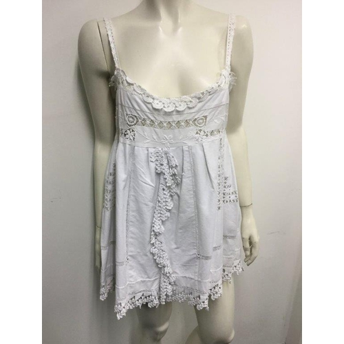 51 - PLACE NATIONALE - a ladies white lace dress, size 20...
