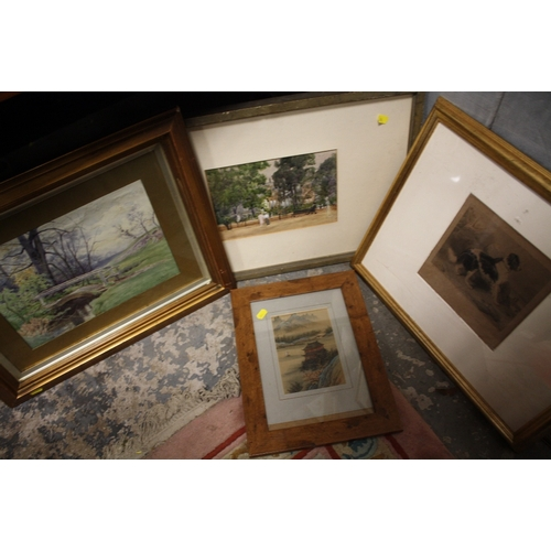40 - A GILT FRAMED AND GLAZED WATERCOLOUR DEPICTING A COUNTRY BRIDGE BY JG VEACO TOGETHER WITH A WATERCOL...