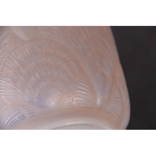 32 - R. LALIQUE AN OPALESCENT COQUILLES VASE highlighted with blue staining - engraved signature R. Laliq...