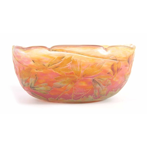 24 - AN EARLY 20TH CENTURY SYLISED CAMEO GLASS SQUARE SHAPED BOWL BY DAUM NANCY decorated with leaf work ...