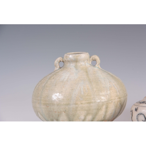 146 - AN ANTIQUE CHINESE CELADON GLAZED TWO HANDLED SQUAT SHAPED VASE, 13.5cm high, 16cm wide, together wi...