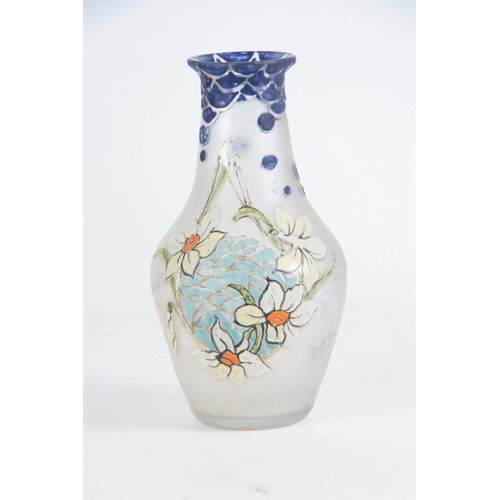 41 - AN EARLY 20TH CENTURY LEGRAS ACID ETCHED AND ENAMELLED GLASS VASE decorated with daffodils bearing a...