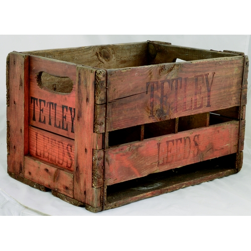 237 - TETLEY LEEDS CRATE. 17.5 by 11ins. Wooden crate with wording TETLEY/ LEEDS on all sides. Good. (8/10...