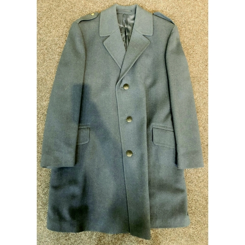 236 - ROYAL AIR FORCE COAT. Single breasted coat with Royal Airforce buttons on epaulettes. Very good. (10...