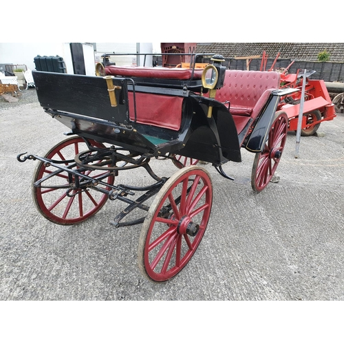 422 - A fantastic 19th Century horse drawn Carriage with leather style deep buttoned seating, Carriage Lam...