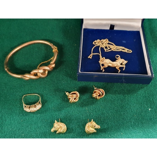 25 - A large quantity of 9 carat Gold Jewellery to include earrings, a necklace, bangle and other items. ...
