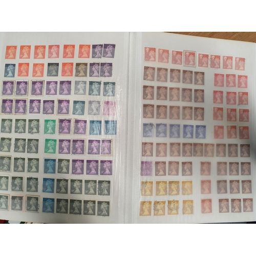 119 - A large quantity of Great Britain Machins in one stock book....