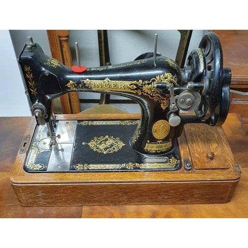 52A - A Vintage Singer sewing Machine....