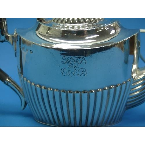 36 - A Victorian silver three piece Tea Set, by Barker Brothers, hallmarked Birmingham, 1895, of oval for...