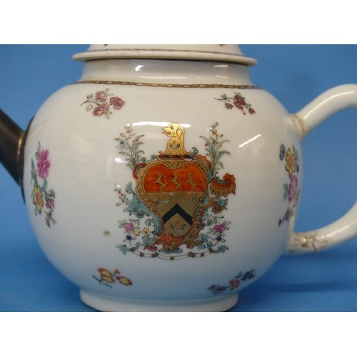 40 - An 18thC Chinese Export Armorial Teapot, decorated in floral sprays with central crest and gilded ch...