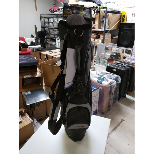 53 - New golf bag and sun glasses. rrp £65...